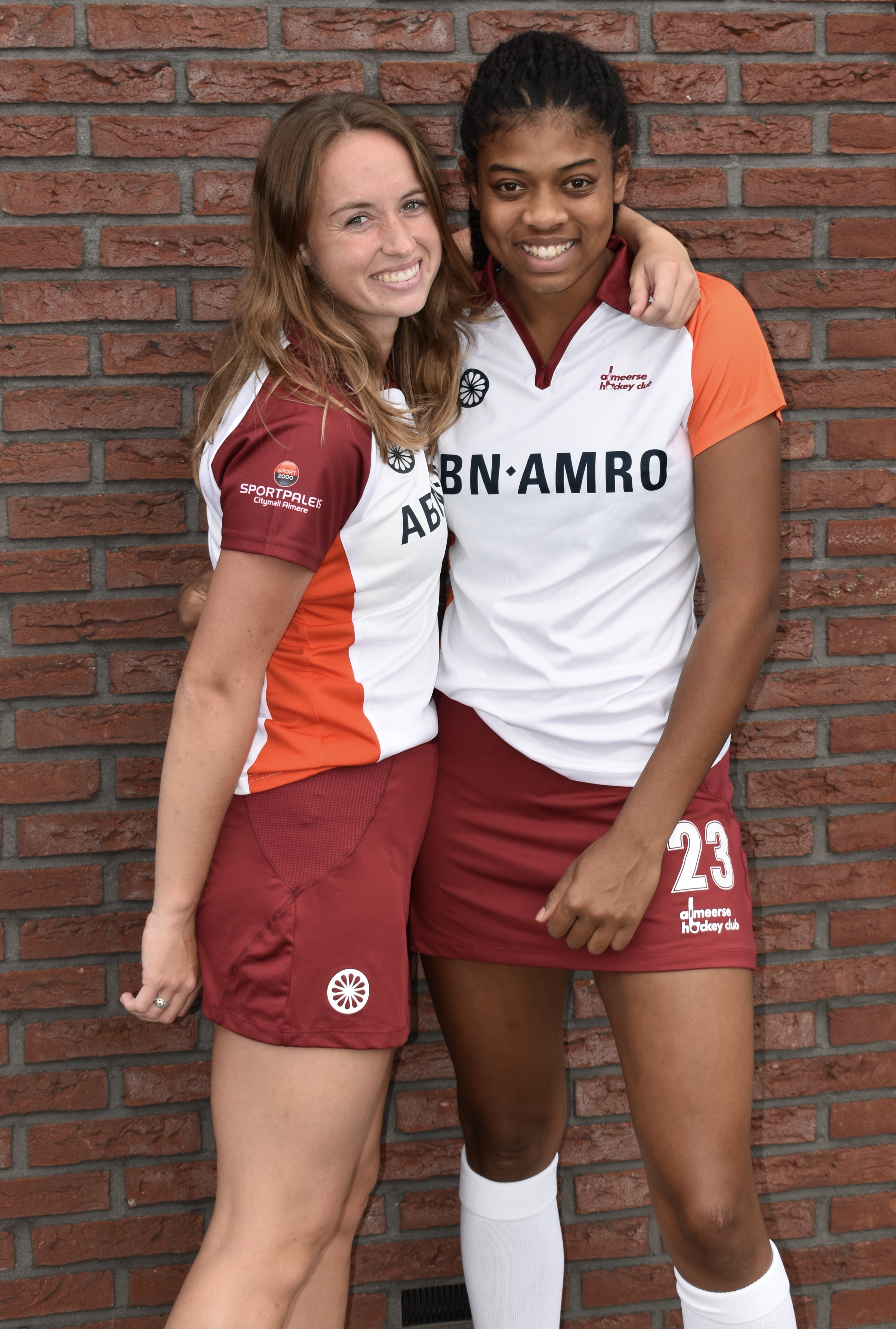 BFF's on top:  Melissa Pieters & Nicole Laarhoven